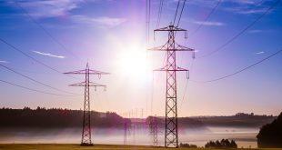 Bollette energia elettrica: differenza tra voltura e subentro