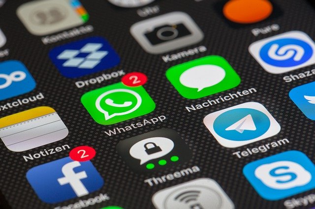 Server di Whatsapp e Facebook a rischio